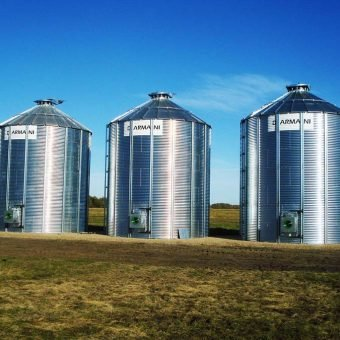 Canadian made flat bottom grain bins
