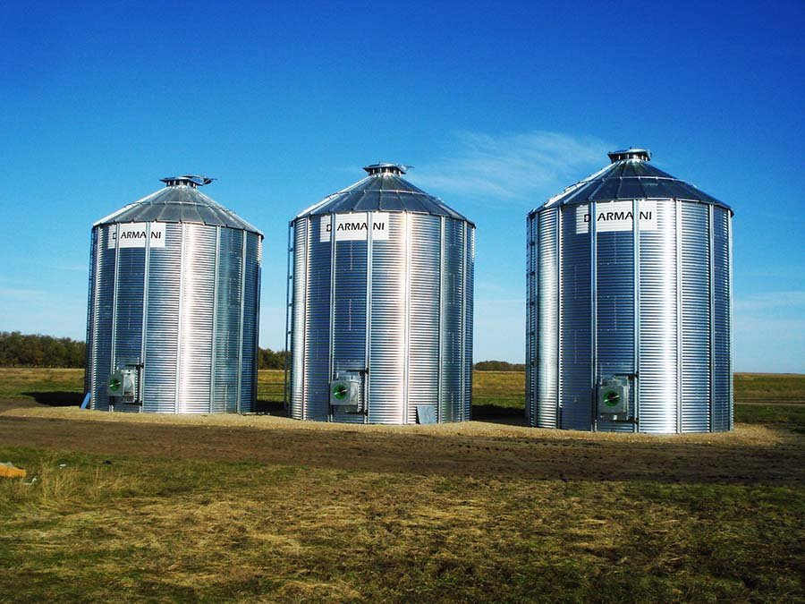 Canadian made flat bottom grain bins