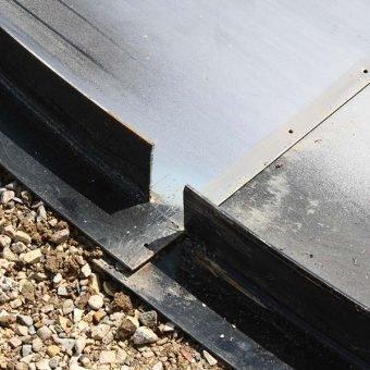 Steel floor side wall