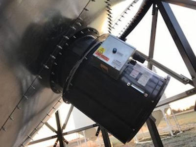 Inline fan mounted on Hopper cone