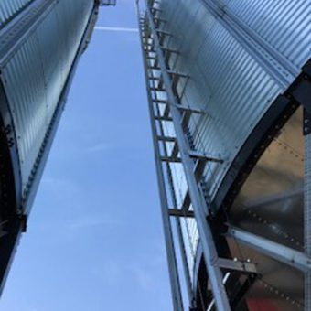 lift track on grain bin