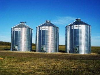 canadian-made-flat-bottom-grain-bin
